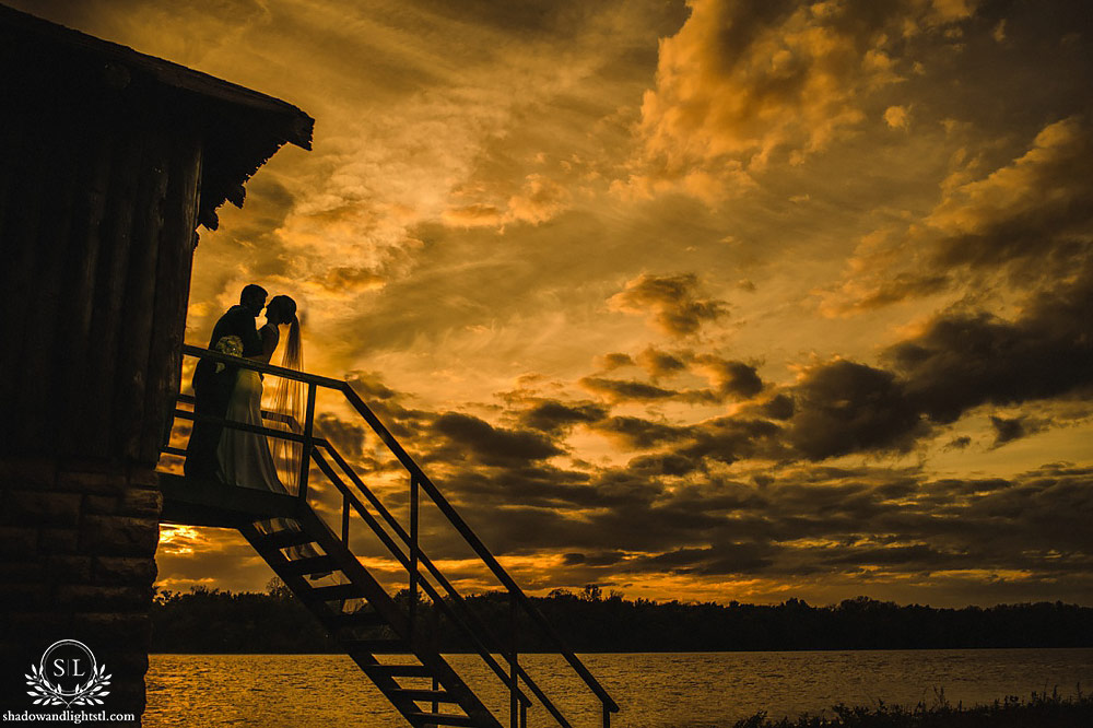 beautiful pere marquette wedding photos sunset