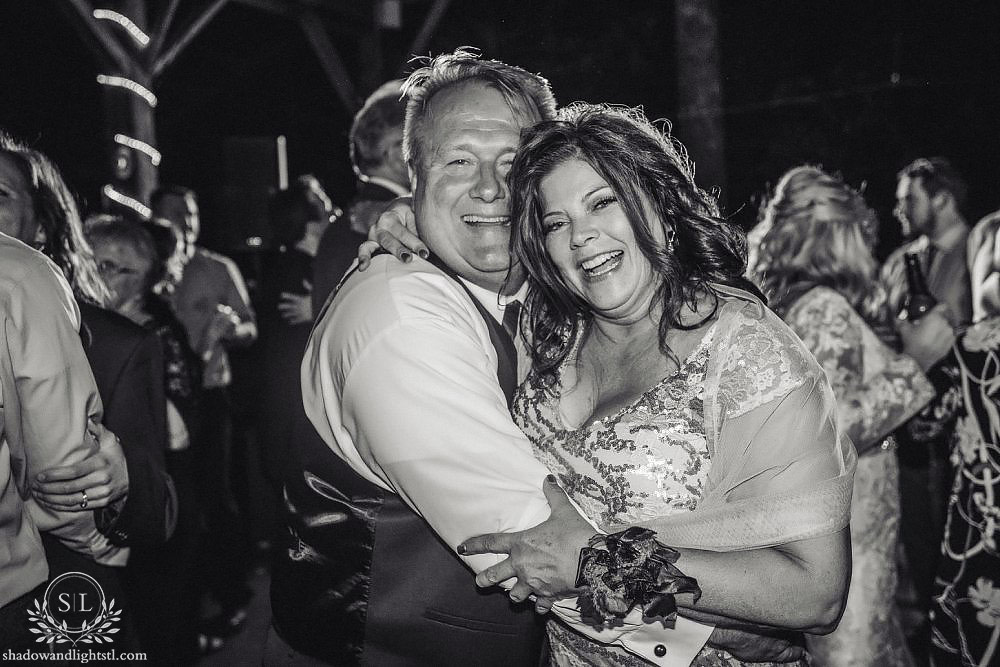 little piney lodge wedding photography hermann mo
