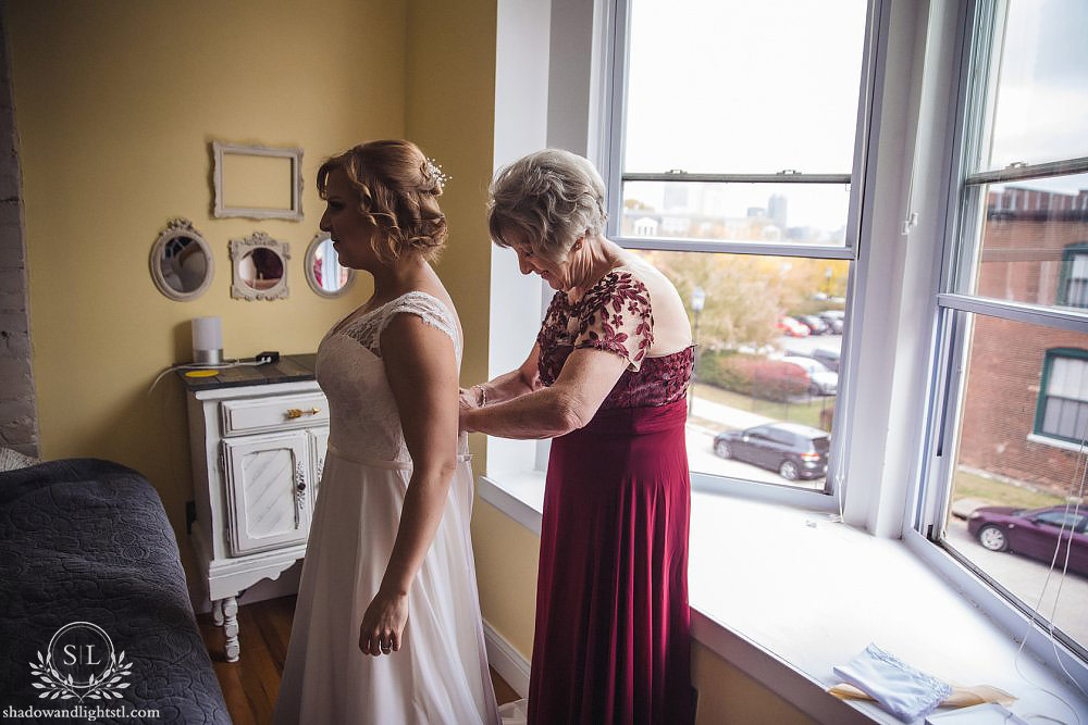 Barnett on Washington Wedding Photo bride and mother
