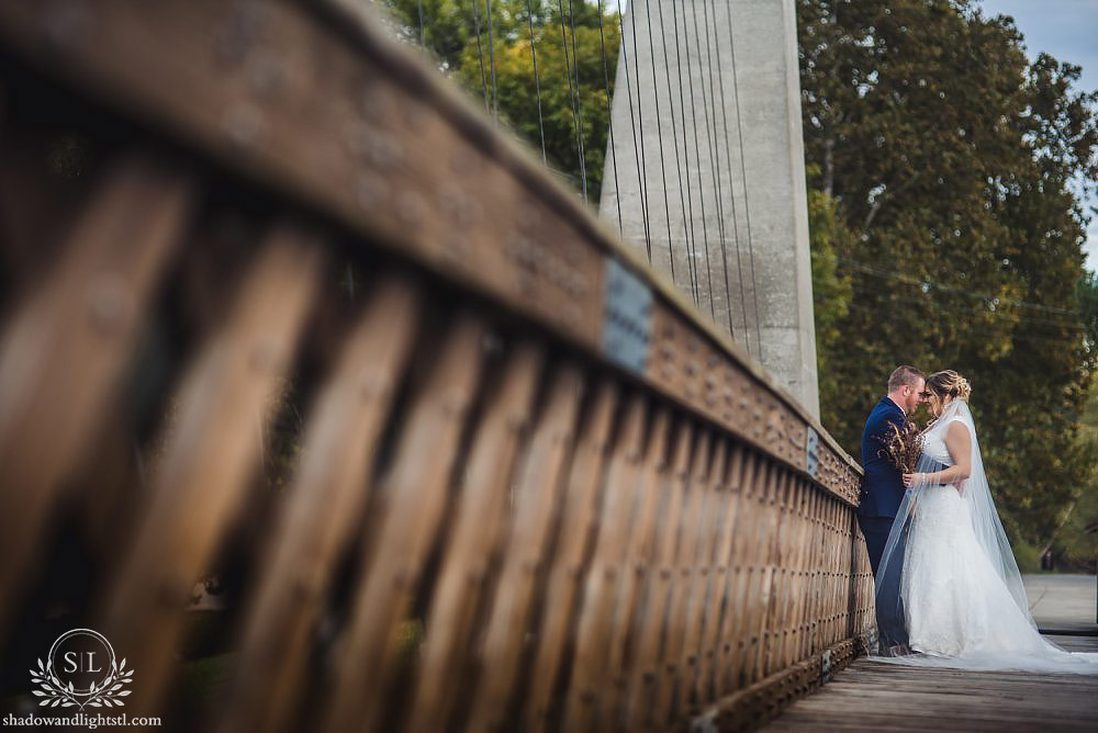 Carlyle Suspension Bridge wedding photos